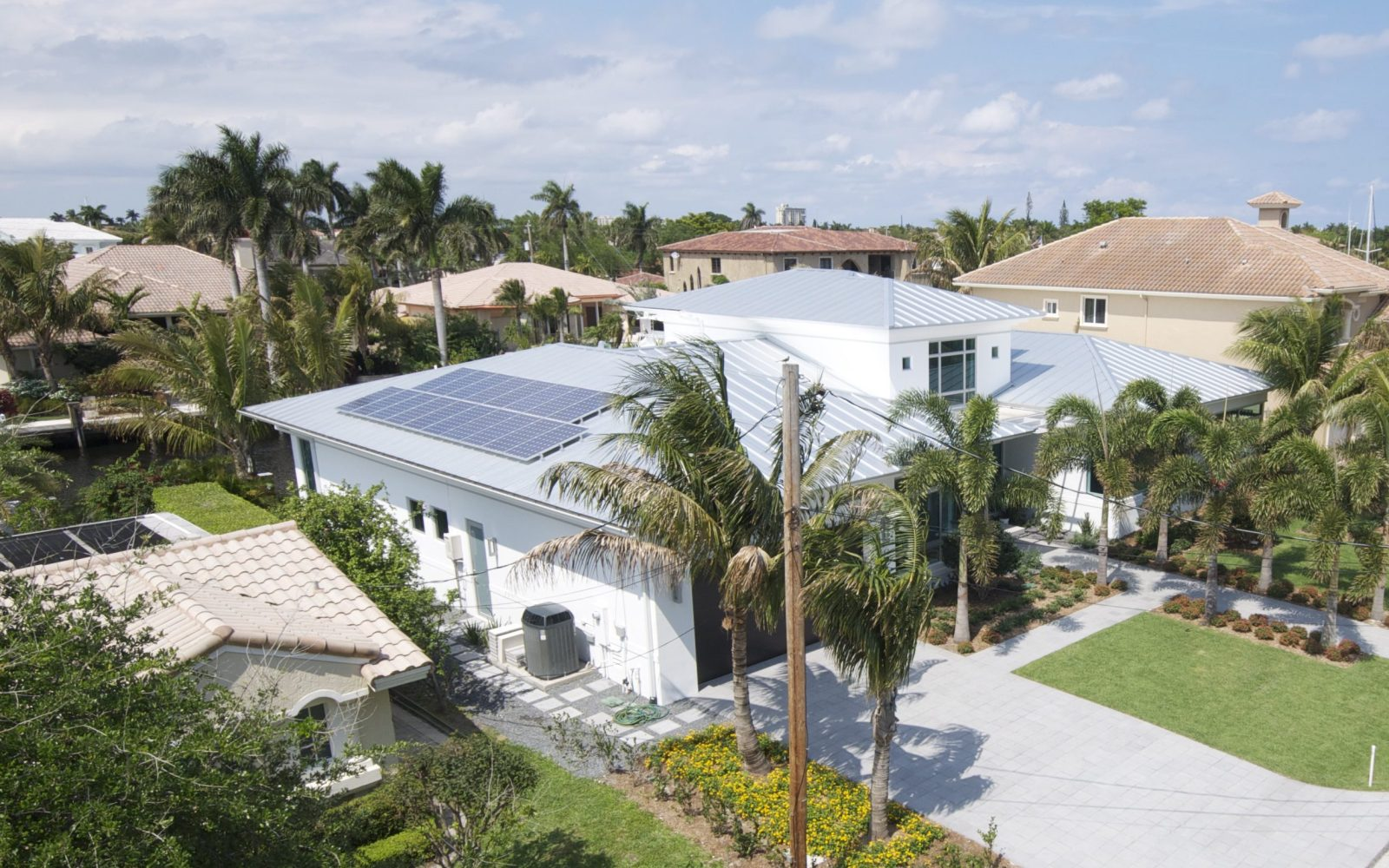 Tesla's SolarCity announces expansion in Florida after long battle