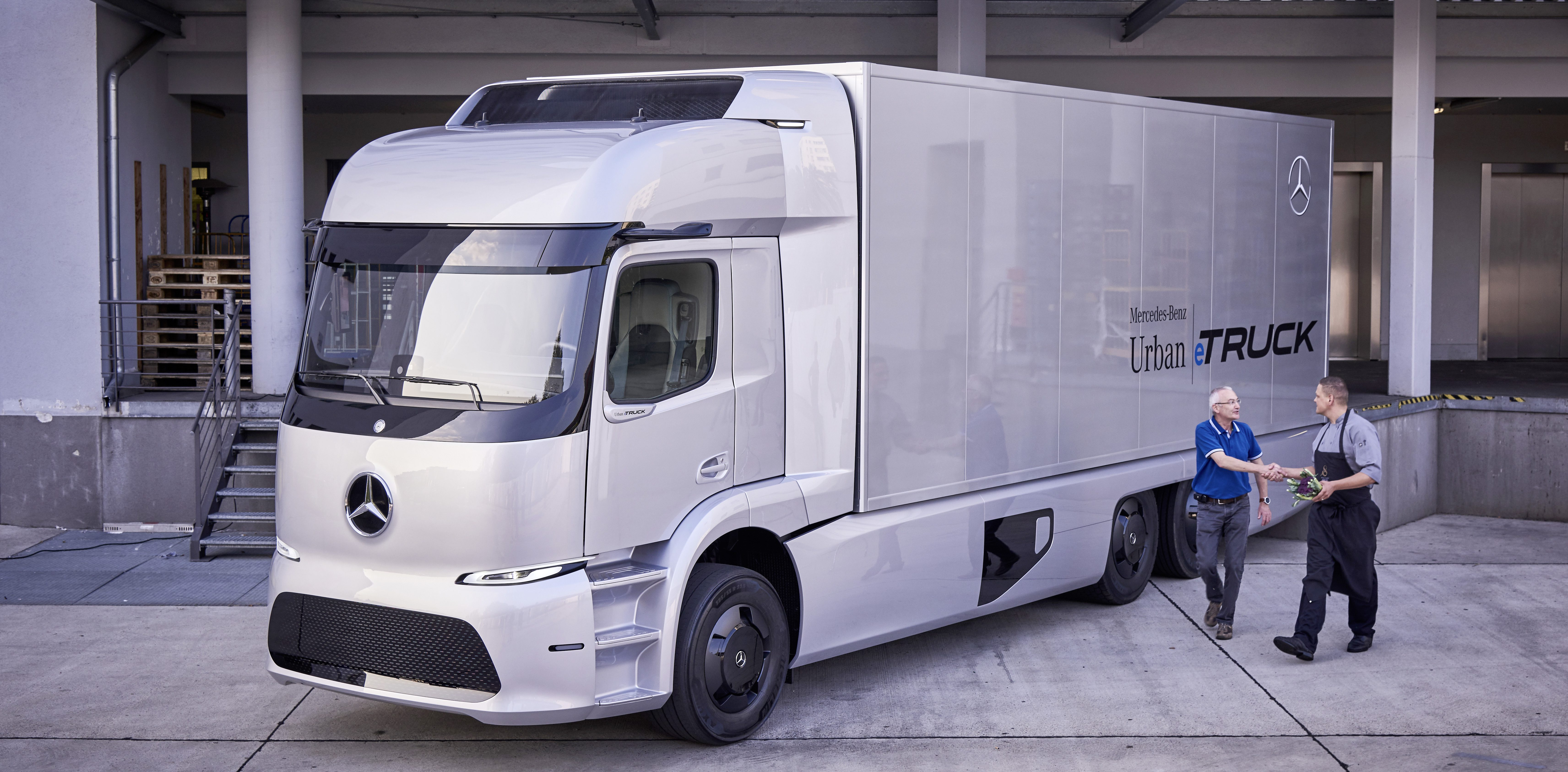 The prototype of the Urban eTruck electric truck from Mercedes-Benz 57
