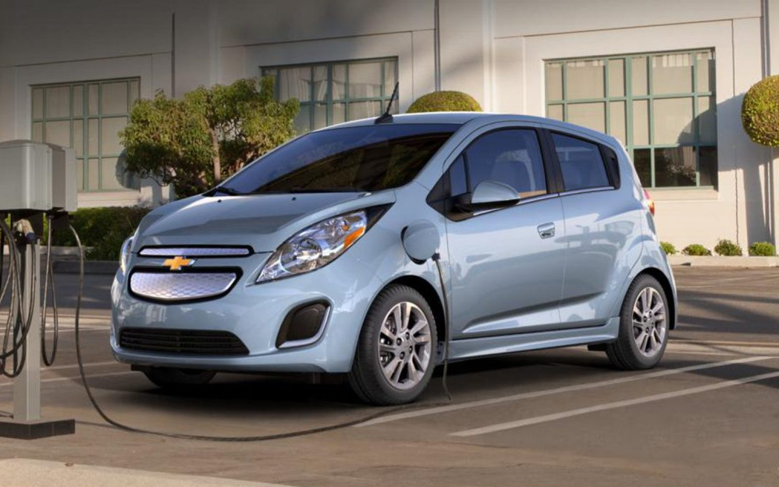 GM officially kills the Chevy Spark EV compliance car in ...