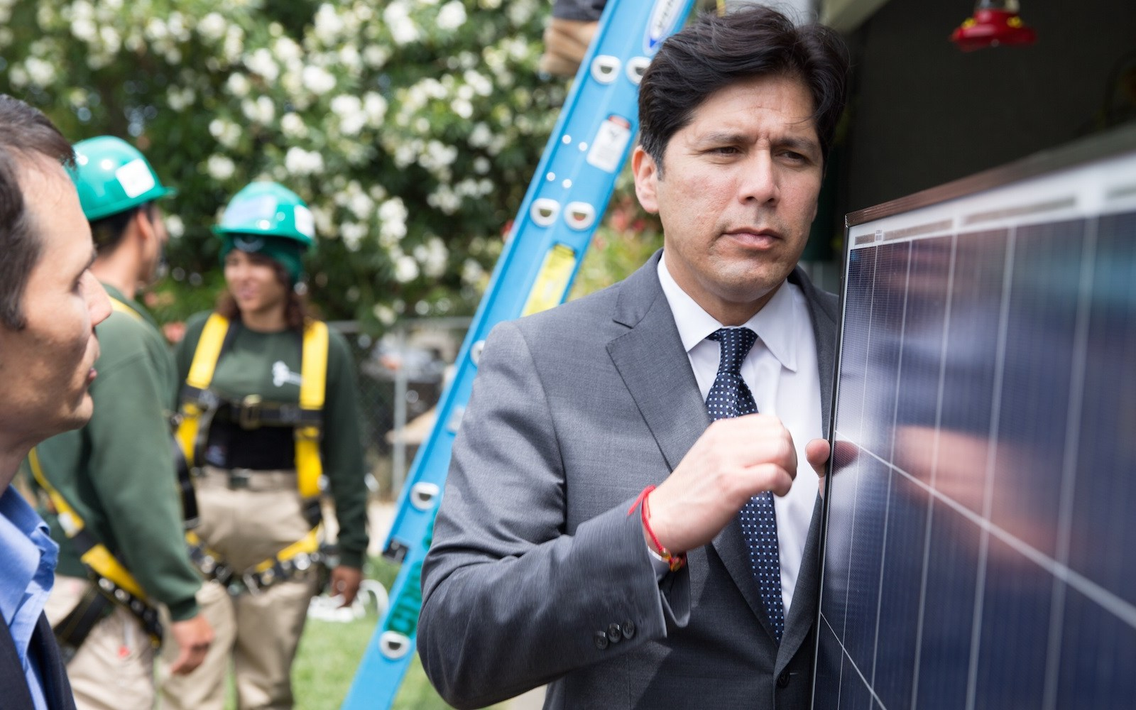 California should ignore the naysayers, and dive into wind and solar as they aim for 100% clean energy