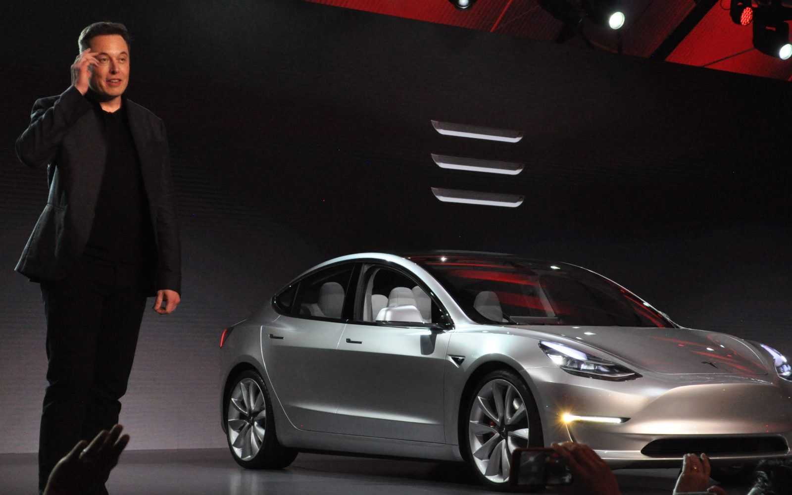 Tesla Model 3 will give 'superhuman' safety to driver and be '10x safer than current cars', says Tesla analyst Adam Jonas