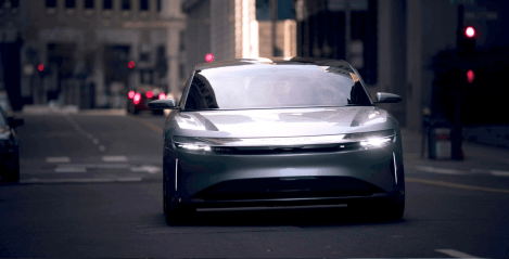 lucid-air-downtown-4
