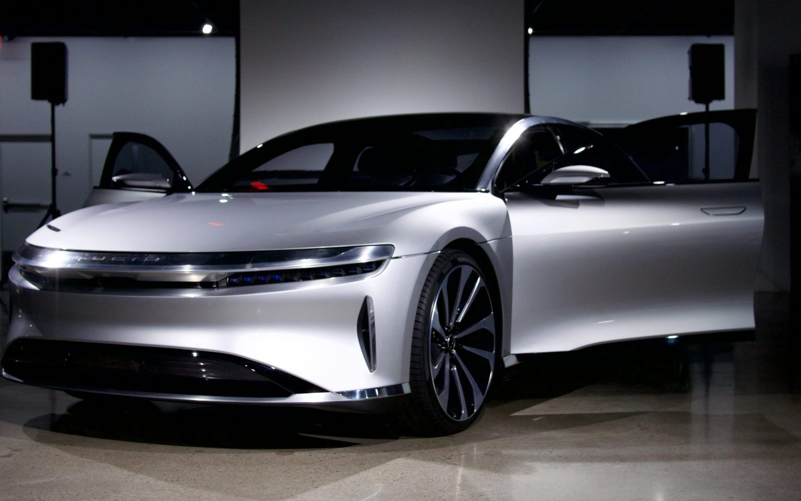 Lucid Motors Announces Aggressive 60 000 Base Price For Its Luxury