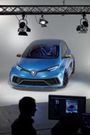 Renault_88370_global_en
