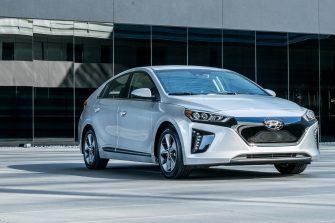 2017 Hyundai Ioniq EV (18)
