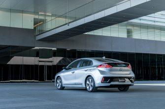 2017 Hyundai Ioniq EV (30)