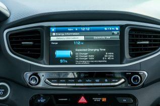 2017 Hyundai Ioniq EV (48)