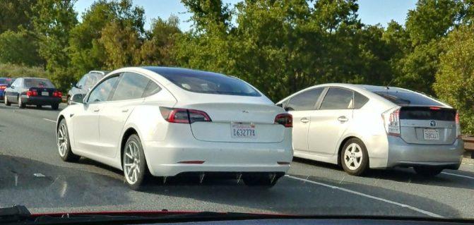 Tesla3a~01