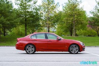 180 side profile Electrek BMW 330e Hybrid 3 series sports sedan review