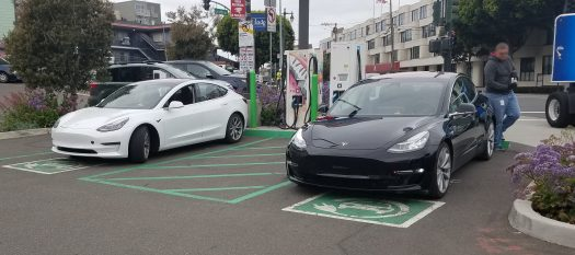 Tesla Model 3 black white 1