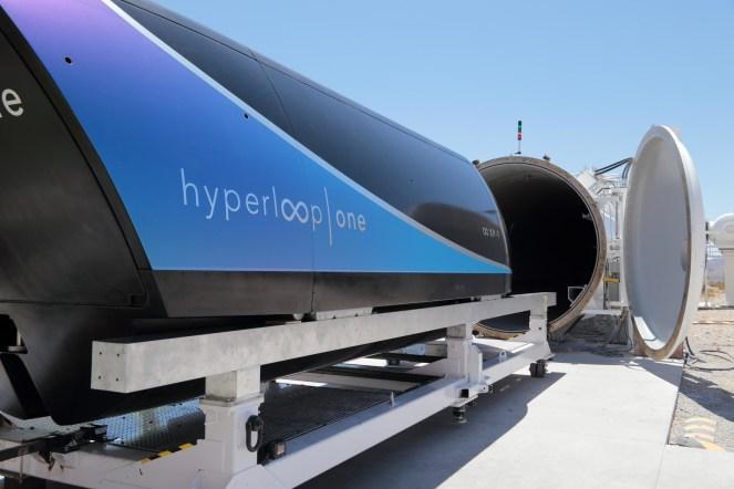 World's First Autonomous Pod Successfully Completes Inaugural Test Run (PRNewsfoto/Hyperloop One)