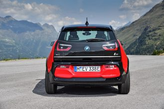 P90273520_highRes_the-new-bmw-i3s-08-2 (1)