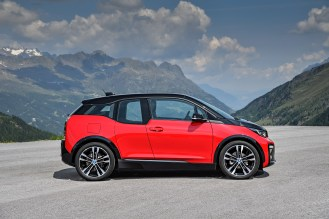 P90273521_highRes_the-new-bmw-i3s-08-2