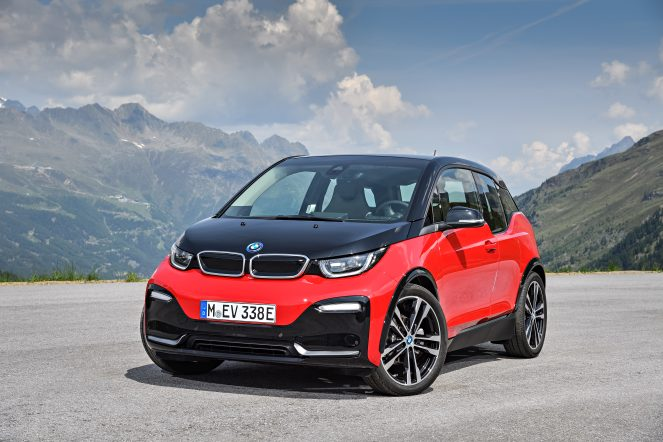 P90273522_highRes_the-new-bmw-i3s-08-2