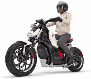 Honda introduces Riding Assist-e self-balancing electric motorcycle 4