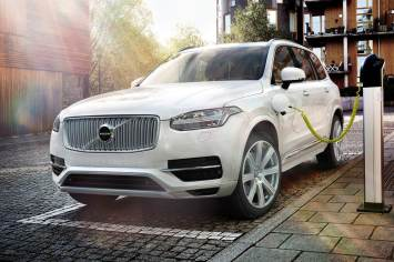 Uber orders 24,000 Volvo XC90 plug-in hybrids for fleet of driverless autos 4