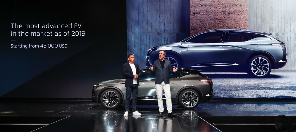 BYTON electric intelligent SUV makes global debut at CES (2)
