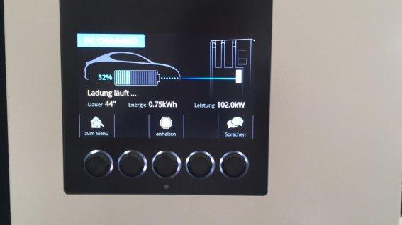 Nissan Leaf 2019 charging 1