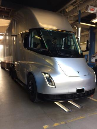 Tesla semi prototype inspection 3