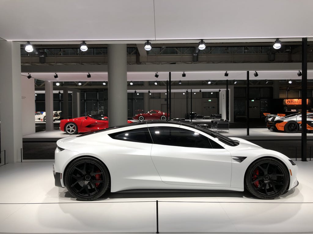 Tesla-white-roadster-4.jpeg