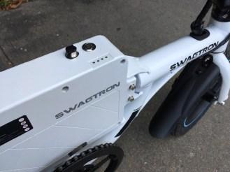 swagtron_e-b1 - 2