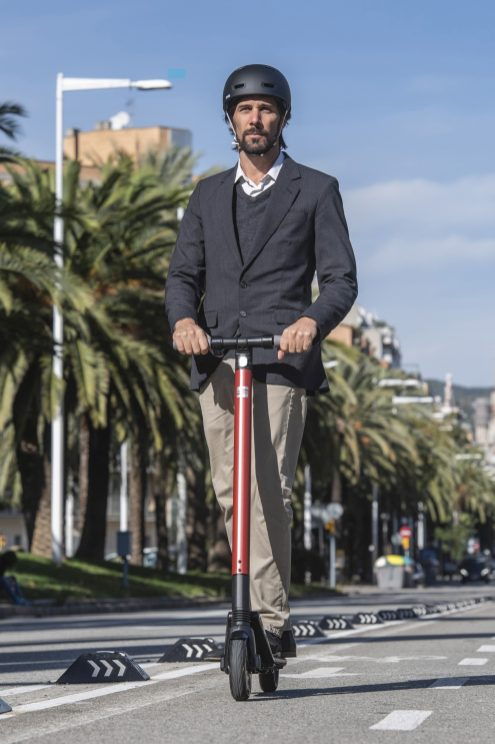 SEAT_takes_its_first_step_towards_its_micromobility_strategy_with_the_new_eXS_KickScooter-Small-30989