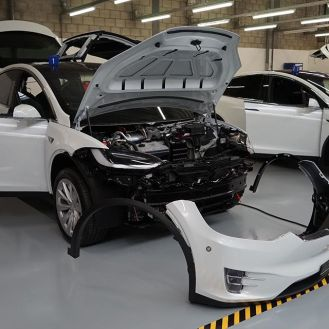 Tesla Model X police vehicle 8