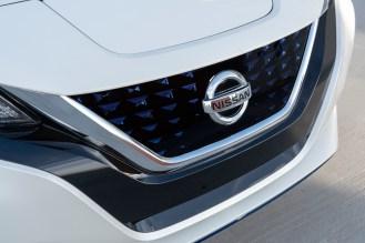 2019 Nissan LEAF-13