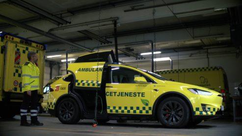 Tesla Model X ambulance 1