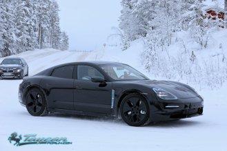 Porsche-Taycan-Prototype-_SB18019