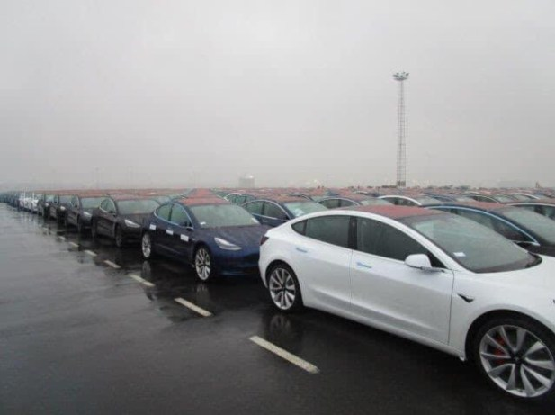 Tesla Model 3 Zeebruge Port 4