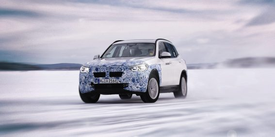 P90341109_highRes_the-bmw-ix3-undergoe