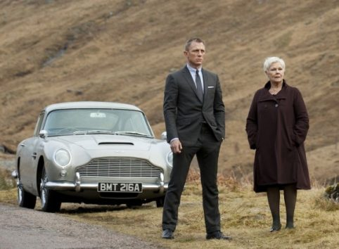 au003-aston-martin-db5-skyfall-m-james-bond