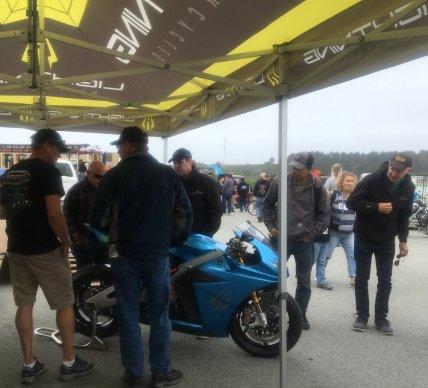 lightning strike electric motorcycle debut