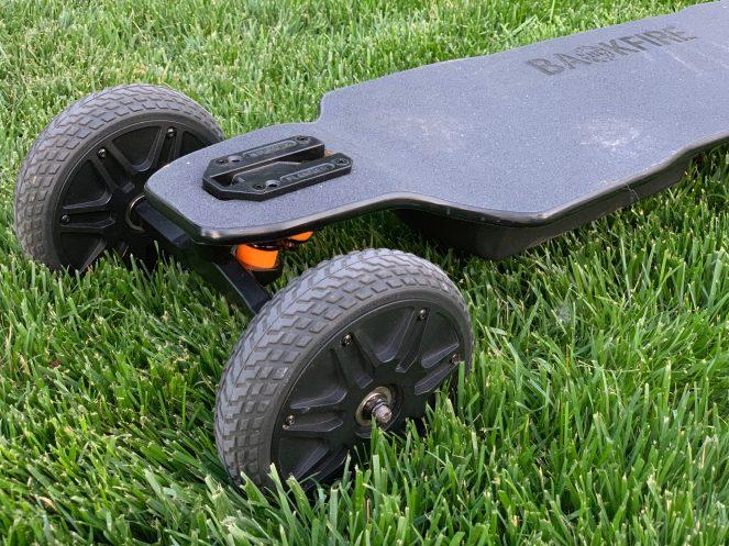 Review Backfire Ranger X1 Electric All Terrain Skateboard