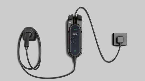 Review: rating OEM's EV charging cords (Tesla, Audi get A's; GM, Jaguar fail) - Electrek