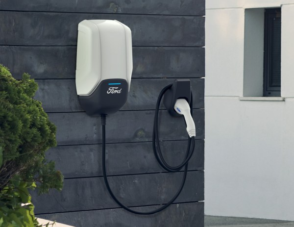 Ford announces plans for EV charging, partners with Amazon and Greenlots - Electrek