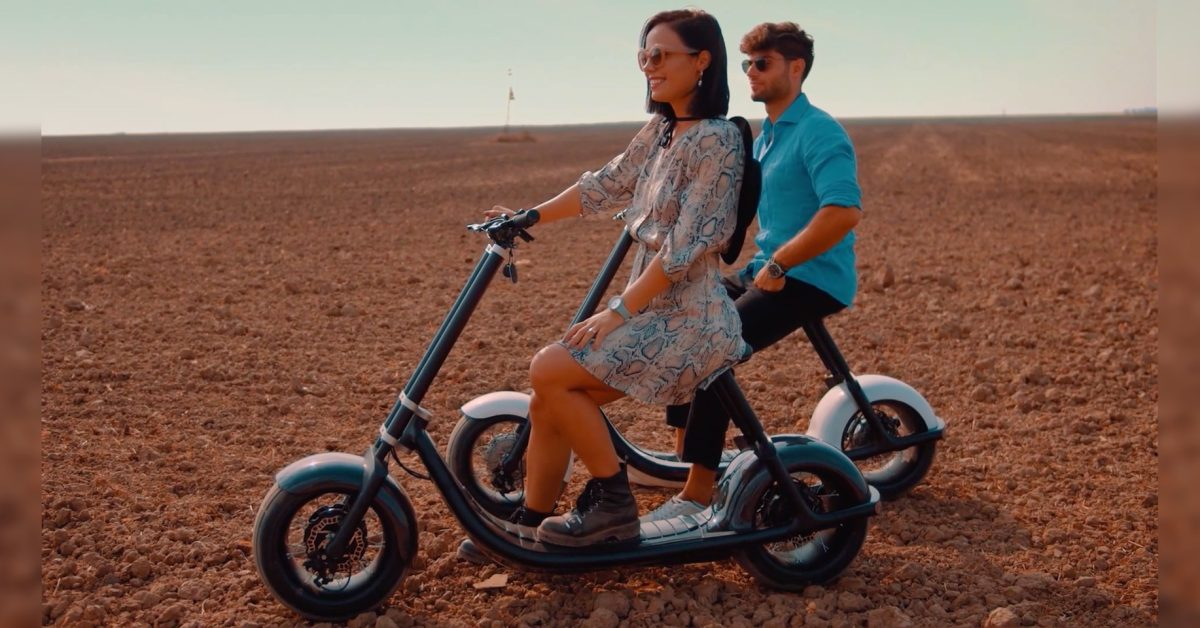 Scooterson Rolley 2 is a big-wheeled electric scooter with 'self driving'
