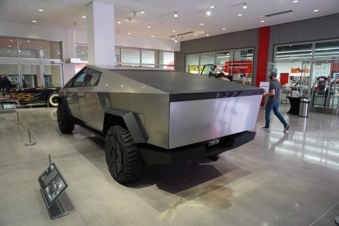 Tesla Cybertruck Electrek 1