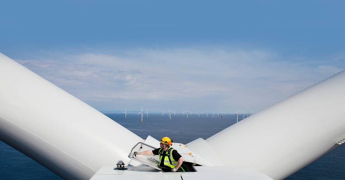 Siemens spin-offs to develop offshore wind turbines that produce green hydrogen - Electrek