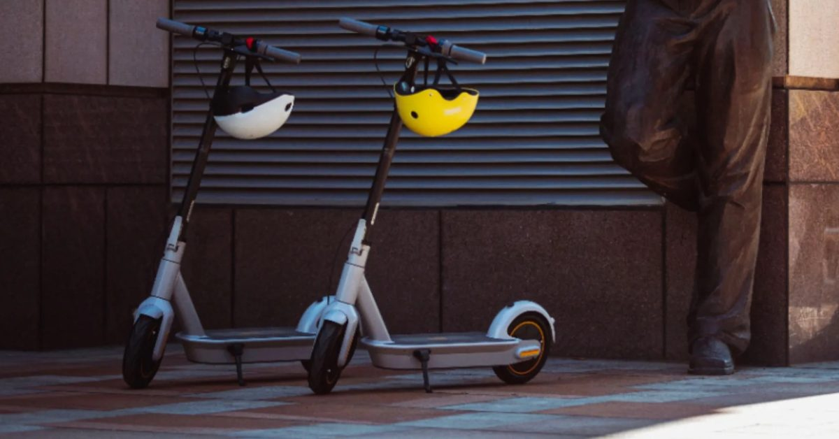Use Segway's electric scooter with seat to ride around this fall at $600, more in New Green Deals