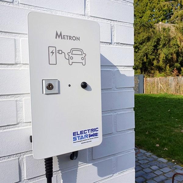 Borne de recharge VE avec câble (jusqu'à 3,7kW)