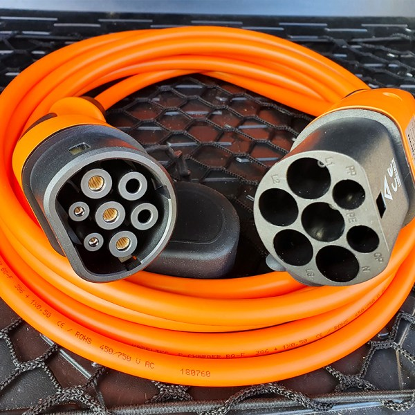 Charging cable for electric vehicles (22kW - Type 2)