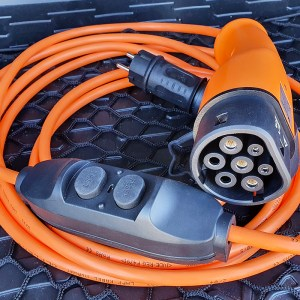 chargeur nomade ve ev nomad charger - Electric vehicle mobile chargers, charging stations and charging cables