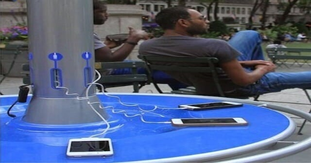 Solar Powered Charging Booth