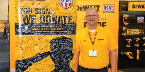 DeWalt - Wounded Warriors Banner