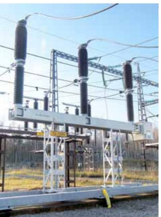 Differences, advantages and disadvantages of  Live tank and Dead tank SF6 circuit breaker