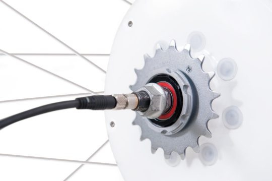 flykly smart wheel charging