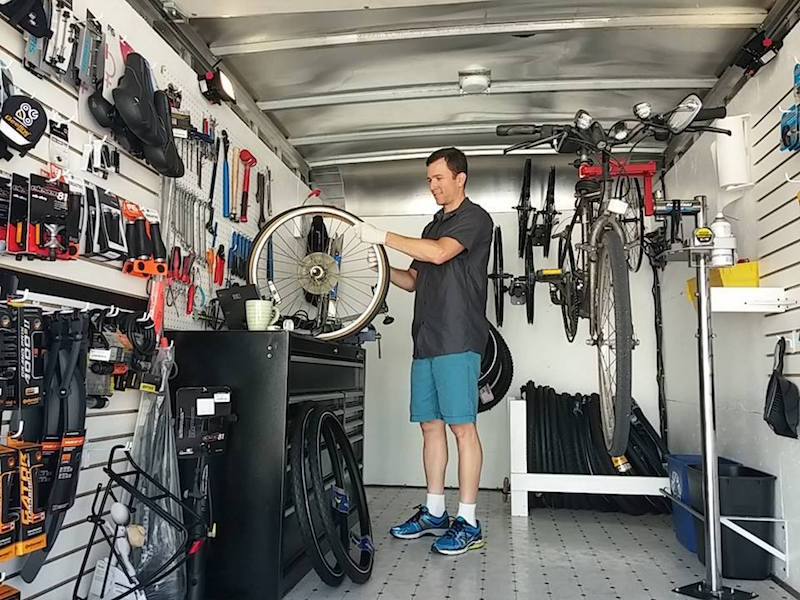 beeline mobile bike shop inside