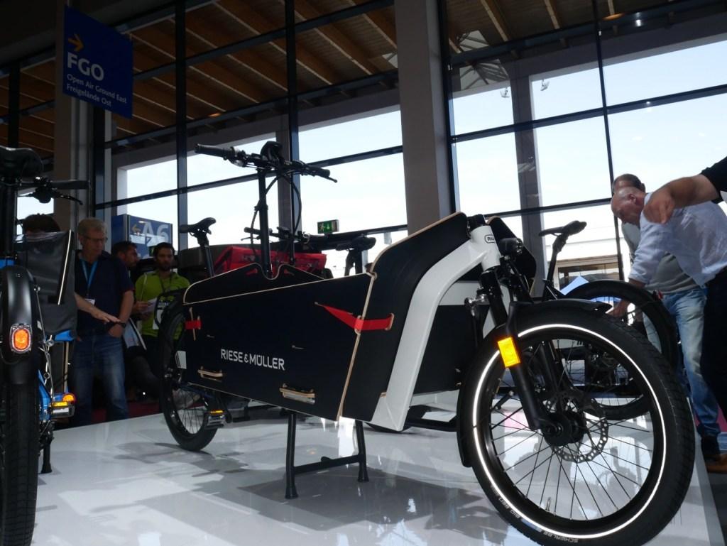 reise-muller-bosch-electric-cargo-bike-1